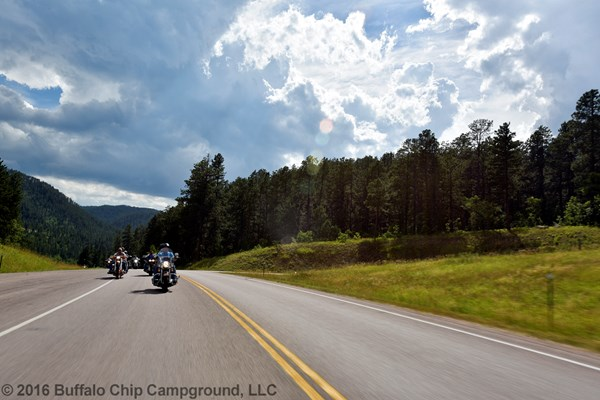 BIKE-WEEK-PHOTOS-LEGENDS-RIDE176